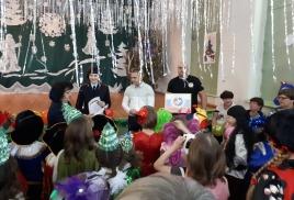 27 декабря  2017 г. в ГОАУ «Свободненская специальная (коррекционная) школа-интернат» 1 отделение   проходило мероприятие посвящённое Новому Году